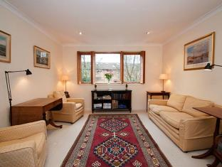 Veeve  Apartment Bartle Road Notting Hill