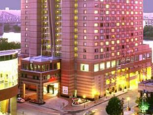 /ca-es/cincinnati-marriott-at-rivercenter-hotel/hotel/covington-ky-us.html?asq=jGXBHFvRg5Z51Emf%2fbXG4w%3d%3d