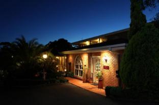 /cs-cz/summerhill-motor-inn/hotel/merimbula-au.html?asq=jGXBHFvRg5Z51Emf%2fbXG4w%3d%3d