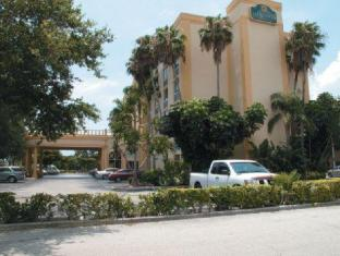 /de-de/la-quinta-inn-suites-west-palm-beach-airport/hotel/west-palm-beach-fl-us.html?asq=jGXBHFvRg5Z51Emf%2fbXG4w%3d%3d