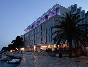 /lv-lv/adriana-hvar-spa-hotel/hotel/hvar-hr.html?asq=jGXBHFvRg5Z51Emf%2fbXG4w%3d%3d
