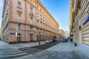 /et-ee/budapest-hotel/hotel/moscow-ru.html?asq=jGXBHFvRg5Z51Emf%2fbXG4w%3d%3d