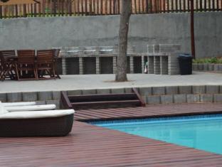 /de-de/monzi-safaris-luxury-tented-camps/hotel/saint-lucia-estuary-za.html?asq=jGXBHFvRg5Z51Emf%2fbXG4w%3d%3d