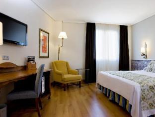 /vi-vn/hesperia-cordoba-hotel/hotel/cordoba-es.html?asq=jGXBHFvRg5Z51Emf%2fbXG4w%3d%3d