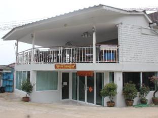 /cs-cz/baan-aioon-maesalong/hotel/mae-salong-chiang-rai-th.html?asq=jGXBHFvRg5Z51Emf%2fbXG4w%3d%3d