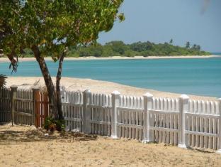 /cs-cz/pearl-oceanic-resort-trincomalee/hotel/trincomalee-lk.html?asq=jGXBHFvRg5Z51Emf%2fbXG4w%3d%3d