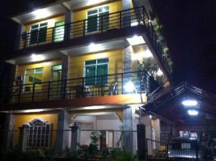 /ar-ae/aranas-carillo-travellers-inn/hotel/kalibo-ph.html?asq=jGXBHFvRg5Z51Emf%2fbXG4w%3d%3d