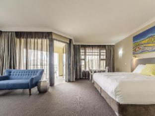 /ar-ae/cowra-services-club-motel/hotel/cowra-au.html?asq=jGXBHFvRg5Z51Emf%2fbXG4w%3d%3d