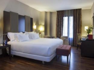 /et-ee/nh-victoria-hotel/hotel/granada-es.html?asq=jGXBHFvRg5Z51Emf%2fbXG4w%3d%3d