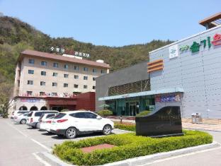 /da-dk/juwangsan-spa-tourist-hotel/hotel/cheongsong-gun-kr.html?asq=jGXBHFvRg5Z51Emf%2fbXG4w%3d%3d