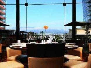 /fr-fr/pinnacle-hotel-vancouver-harbourfront/hotel/vancouver-bc-ca.html?asq=jGXBHFvRg5Z51Emf%2fbXG4w%3d%3d