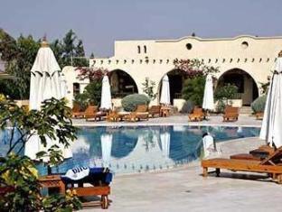 /sl-si/the-three-corners-rihana-resort/hotel/hurghada-eg.html?asq=jGXBHFvRg5Z51Emf%2fbXG4w%3d%3d