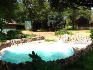 /da-dk/amanzimloti-riverside-bush-camp/hotel/hoedspruit-za.html?asq=jGXBHFvRg5Z51Emf%2fbXG4w%3d%3d