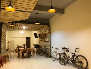 168 Hostel Puli
