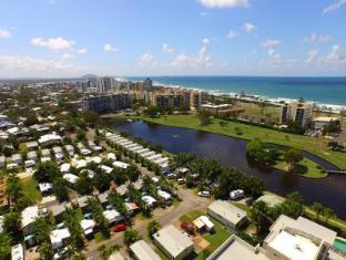 /ar-ae/alex-beach-cabins/hotel/sunshine-coast-au.html?asq=jGXBHFvRg5Z51Emf%2fbXG4w%3d%3d