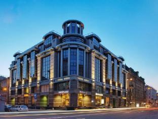 /lt-lt/grand-hotel-emerald/hotel/saint-petersburg-ru.html?asq=jGXBHFvRg5Z51Emf%2fbXG4w%3d%3d