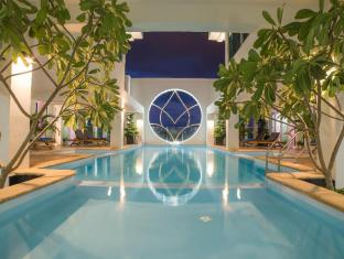 /sl-si/phnom-penh-katari-hotel/hotel/phnom-penh-kh.html?asq=jGXBHFvRg5Z51Emf%2fbXG4w%3d%3d