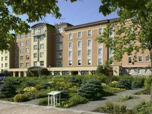 /ar-ae/hotel-chateau-laurier-quebec/hotel/quebec-city-qc-ca.html?asq=jGXBHFvRg5Z51Emf%2fbXG4w%3d%3d