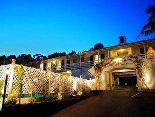 /cs-cz/coast-village-inn/hotel/santa-barbara-ca-us.html?asq=jGXBHFvRg5Z51Emf%2fbXG4w%3d%3d