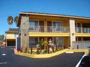/de-de/torch-lite-inn-at-the-beach-boardwalk/hotel/santa-cruz-ca-us.html?asq=jGXBHFvRg5Z51Emf%2fbXG4w%3d%3d
