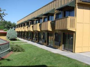 /lt-lt/pinecrest-inn-idaho-falls/hotel/idaho-falls-id-us.html?asq=jGXBHFvRg5Z51Emf%2fbXG4w%3d%3d