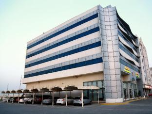 /cs-cz/falcon-hotel-apartments/hotel/fujairah-ae.html?asq=jGXBHFvRg5Z51Emf%2fbXG4w%3d%3d