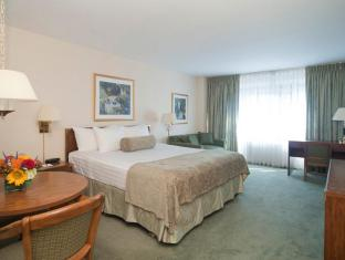 Murray Hill East Suites