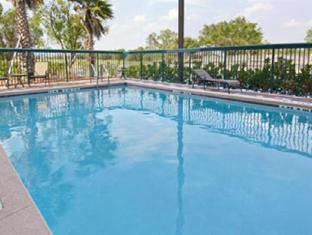 Wingate by Wyndham -  Orlando International Airport Hotel