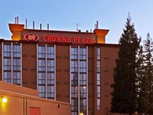 Crowne Plaza Sacramento Northeast Hotel