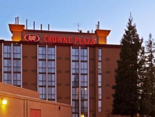 Crowne Plaza Sacramento Northeast Hotel