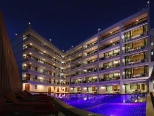 /nb-no/paripas-patong-resort/hotel/phuket-th.html?asq=jGXBHFvRg5Z51Emf%2fbXG4w%3d%3d