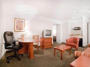 /ar-ae/la-quinta-inn-suites-bakersfield-north/hotel/bakersfield-ca-us.html?asq=jGXBHFvRg5Z51Emf%2fbXG4w%3d%3d