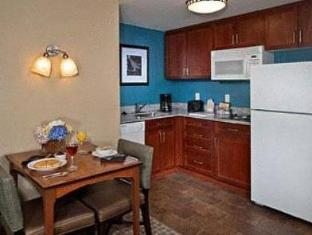 /ar-ae/residence-inn-by-marriott-baltimore-downtown-inner-harbor/hotel/baltimore-md-us.html?asq=jGXBHFvRg5Z51Emf%2fbXG4w%3d%3d