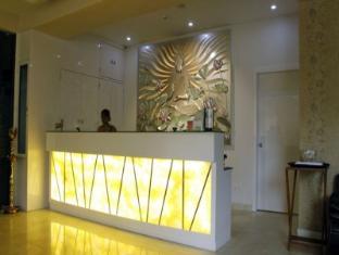 /ca-es/hotel-diamonds-pearl/hotel/visakhapatnam-in.html?asq=jGXBHFvRg5Z51Emf%2fbXG4w%3d%3d