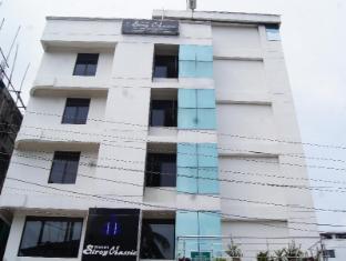 /ca-es/hotel-siroy-classic/hotel/guwahati-in.html?asq=jGXBHFvRg5Z51Emf%2fbXG4w%3d%3d