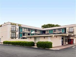 /ca-es/days-inn-raleigh-south/hotel/raleigh-nc-us.html?asq=jGXBHFvRg5Z51Emf%2fbXG4w%3d%3d