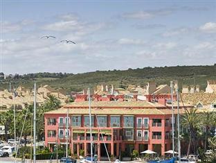 /cs-cz/hotel-club-maritimo-de-sotograde/hotel/sotogrande-es.html?asq=jGXBHFvRg5Z51Emf%2fbXG4w%3d%3d