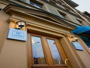 /hi-in/comfitel-hotel/hotel/saint-petersburg-ru.html?asq=jGXBHFvRg5Z51Emf%2fbXG4w%3d%3d