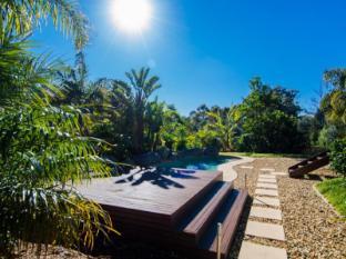 /ca-es/balconies-dolphincove-bed-and-breakfast/hotel/merimbula-au.html?asq=jGXBHFvRg5Z51Emf%2fbXG4w%3d%3d