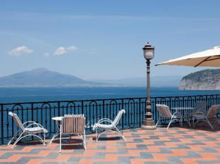/et-ee/grand-hotel-royal/hotel/sorrento-it.html?asq=jGXBHFvRg5Z51Emf%2fbXG4w%3d%3d