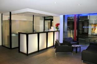 /id-id/new-hotel-saint-lazare/hotel/paris-fr.html?asq=jGXBHFvRg5Z51Emf%2fbXG4w%3d%3d