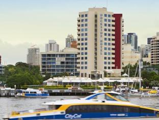 /uk-ua/central-dockside-apartments/hotel/brisbane-au.html?asq=jGXBHFvRg5Z51Emf%2fbXG4w%3d%3d